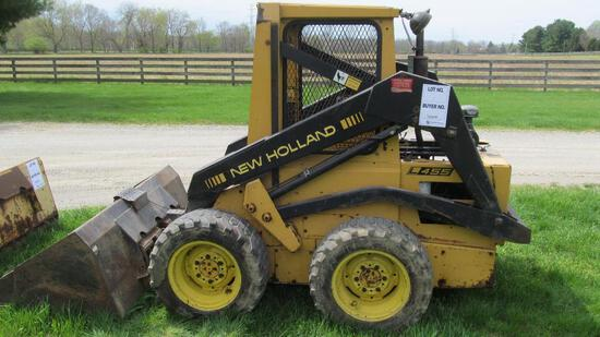 NEW HOLLAND L455 SKID LOADER WITH 5' BUCKET & 2,573 HOURS