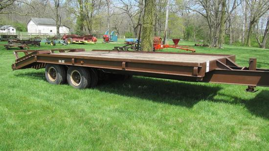 1989 TIGER LINE EQUIPMENT BEAVER TAIL TRAILER WITH GVWR 36,800, 18' X 8' BE
