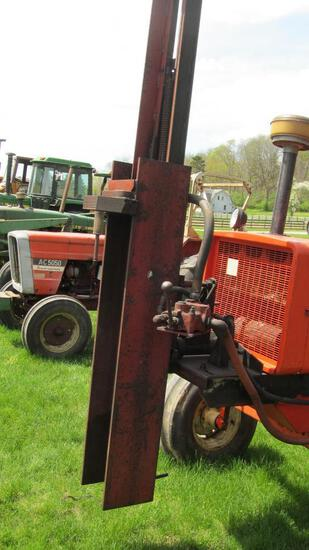 SHAVER MANUFACTURING CO. TRACTOR-MOUNTED HYDRAULIC POST DRIVER