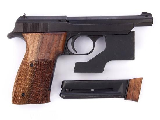 Manufacturer: Norinco Match Model: TT Olympia Gauge/Cal: .22 Type: Pistol Serial #: 6574 Misc: