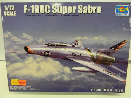 Trumpeter F-100c Super Sabre item 01648 model kit 1:72 scale