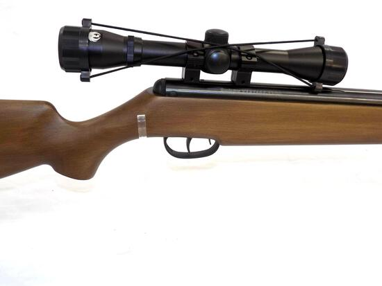 Manufacturer: Remington Model: Vantage 100 Gauge/Cal: .177 Type: Air Rifle Serial: 511X02684 Misc: