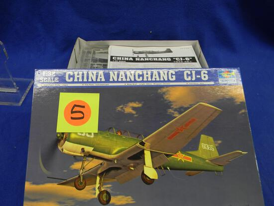 Trumpeter China Nanchang CJ-6 model kit 02240 1:32 scale