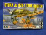 Revell Stuka Ju 87G-1 Tank Buster 85-5270 model kit 1:48 scale