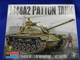 Monogram M48A2 Patton Tank 85-7853 model kit 1:35 tank