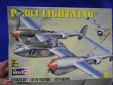 Revellk LP-38J Lightning model kit 1:48 scale