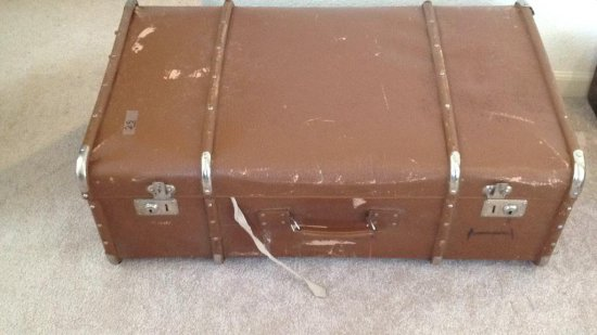 Vintage wardrobe luggage identical to lot 24.