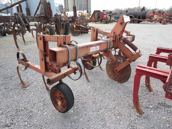 FRED CAIN 2R CULTIVATOR
