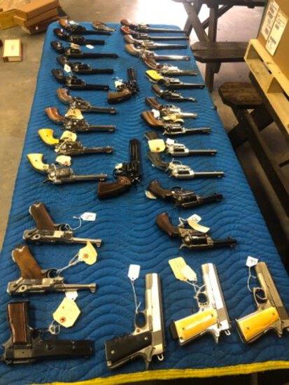 Firearm, Ammo & Military Memorabilia Auction Day 1