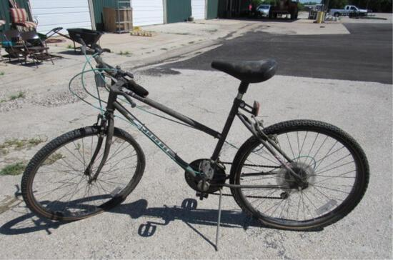 Huffy Stalker Pro Sport Cycle System