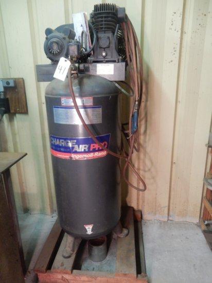 Ingersoll-Rand Upright Air Compressor 5hp 240v 60 Gal. Mod: IR56BA