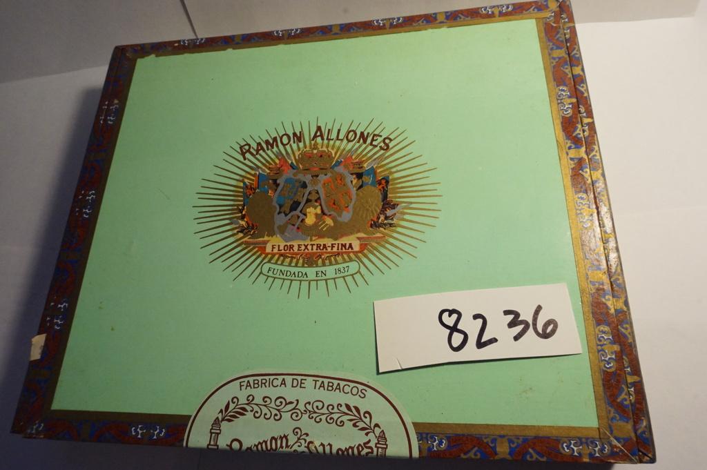 "Ramon Allones Flor Extra Fina (Dominican Republic) handmade in Santiago. 7.5""x9"" Estate Find"