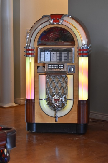Located in NEW ULM, Texas:  Sept. 1997 Rowe Bubbler CD-RN Nostalgia Juke Box, Made in USA. Pick Up