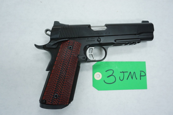 """New Ulm, Texas Estate Find: KIMBER Custom Shop Gold Combat RLII .45ACP 1911 with case, 5.5""""BRL"""