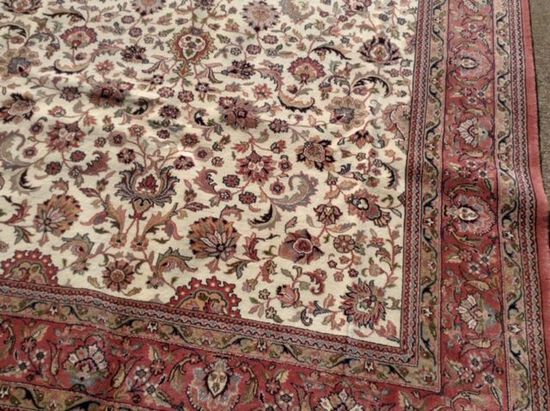 6'x9' FINE KASHAN Hand Tied Persian Rug, Hand Knotted Carpet, Retail Value $5500. $65 Shipping