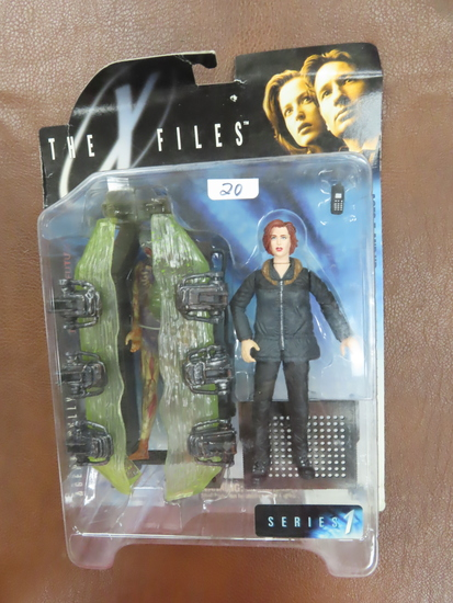 1998 The X Files Series I, Agent Scully, Fight The Future. Unopened, box has wear