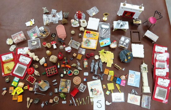 HUGE Doll House Accessories, Miniatures, High Value Lot!