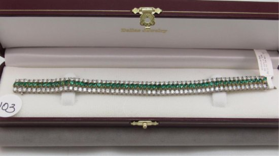 18K y&w/g Marquise Emeralds & Diamond Bracelet,