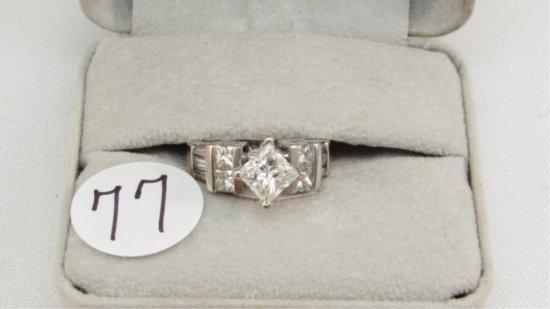 18K w/g approx 1.51ct Princess cut Diamond ring