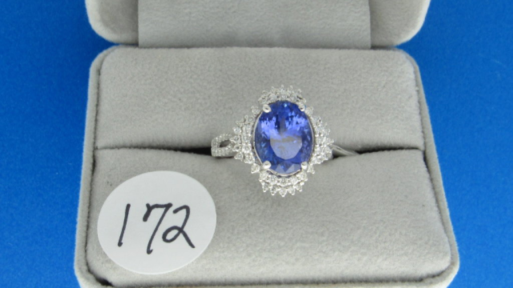 18K w/g 4.7oct Tanz. and .72ct t.w. Diamond Ring