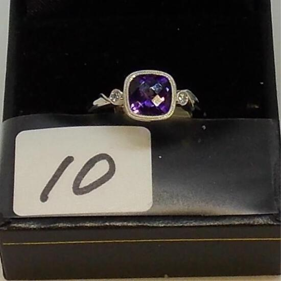 LADIES 14K W/G 1.18 SQUARE AMETHYST & .05CT T.W. DIAMOND RING 1.23 TOTAL GEM WEIGHT  2.6GR