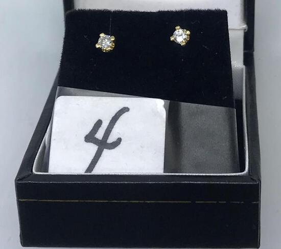 14K Y/G .30CT T.W. 4 PRG DIAMOND STUD EARRINGS