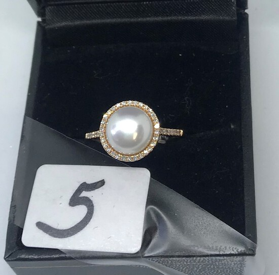 LADIES 14K ROSE GOLD .16CT T.W. DIAMOND PEARL RING 2.8GR