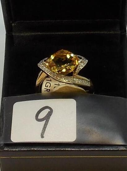 LADIES 10K W/G SQUARE CITRINE AND .20CT T.W.