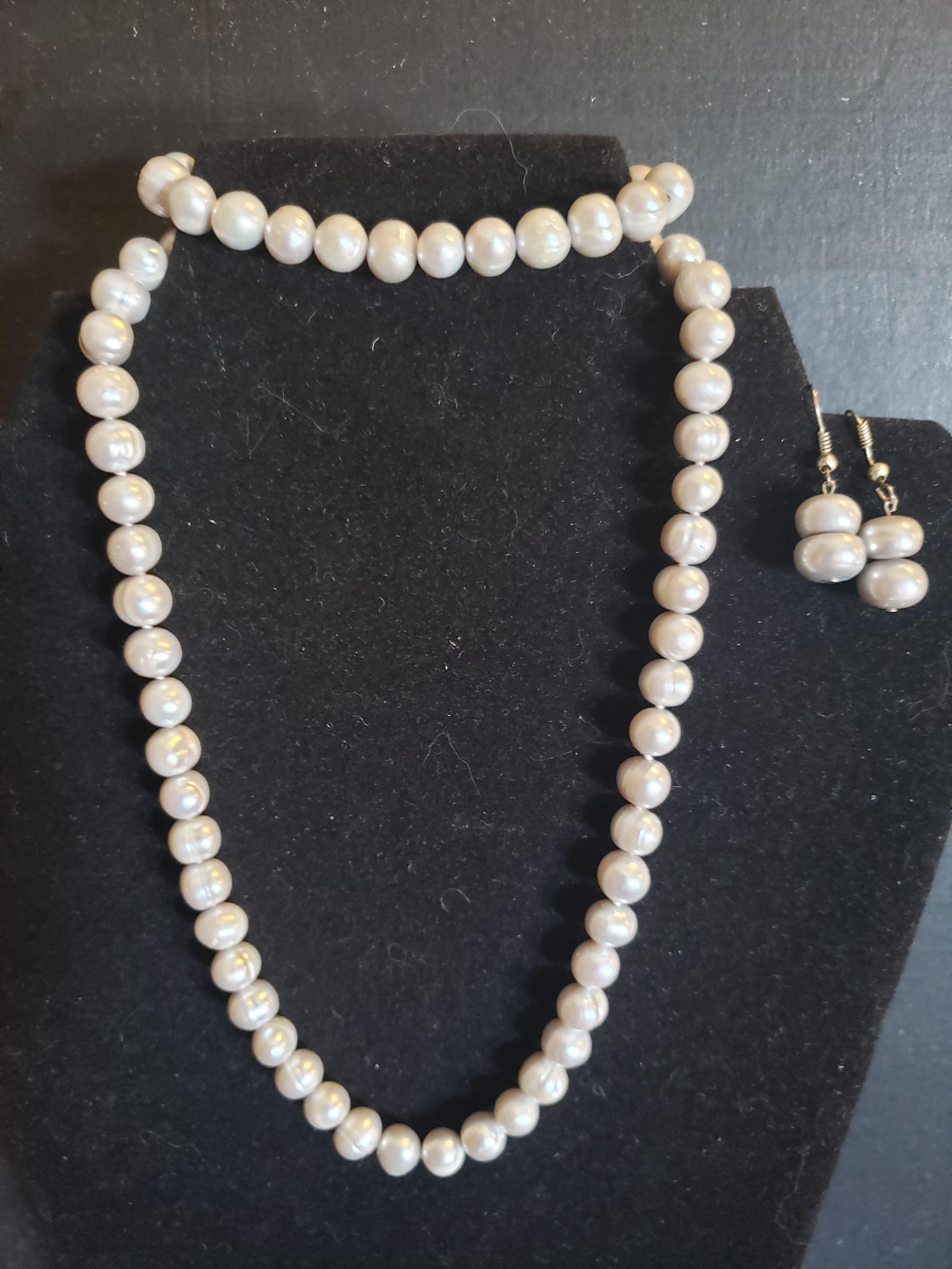 Authentic Pearls Set