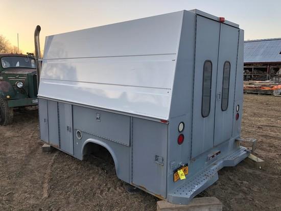 042 Truck Service Body