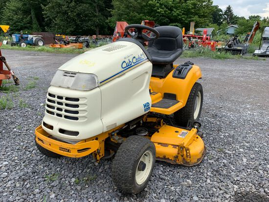 6503 Cub Cadet 3204 Garden Tractor