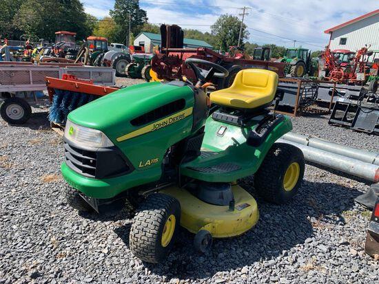 6700 John Deere LA115 Lawn Tractor