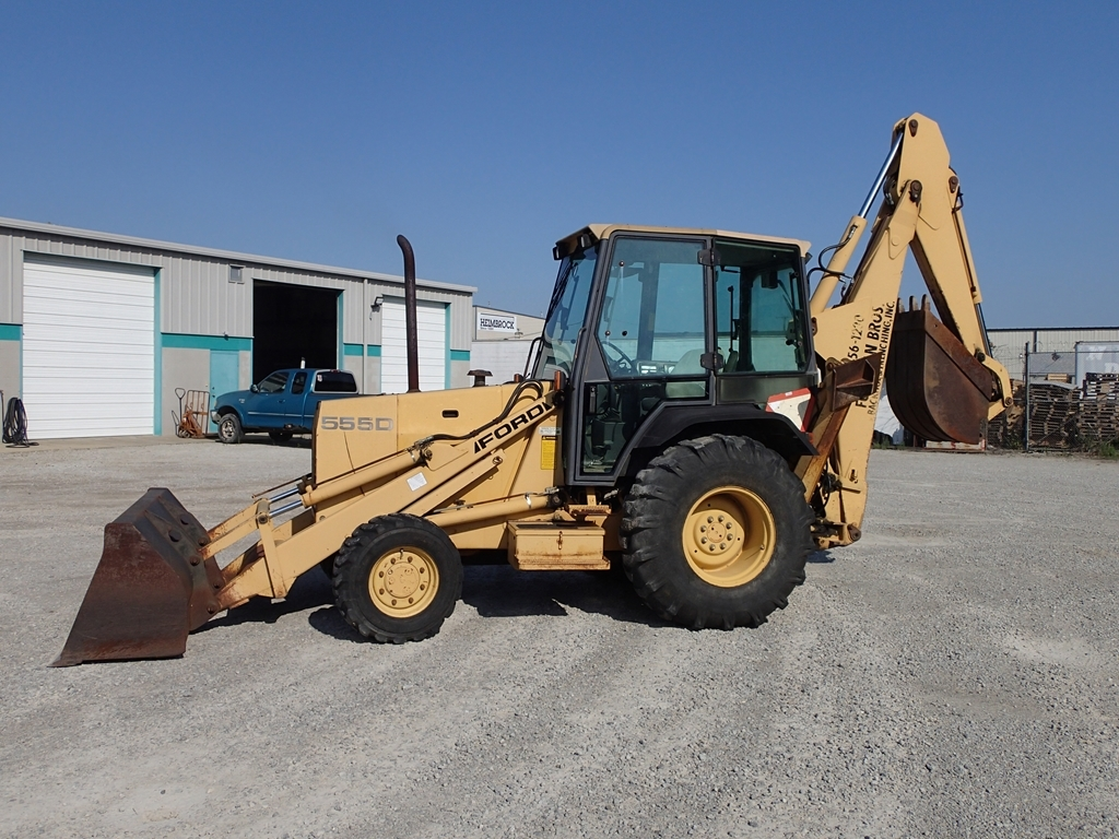 1996 Ford 555D loader/backhoe - PIN A433062 - see video
