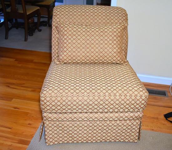 Lane Geometric Pattern Club Chair w/ Pillow