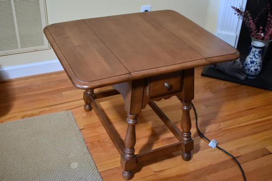 Athens Maple Drop Leaf End Table (Matches Lot 9)