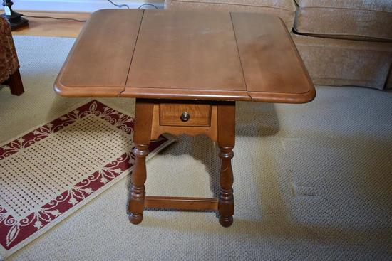 Athens Maple Drop Leaf End Table (Matches Lot 8)