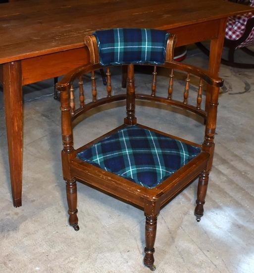 Antique 19th C. English Pub Oak Corner Chair with Lamont Tartan Upholstery