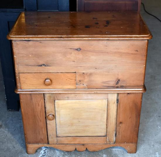 Hand Made Late 18th - Early 19th Century Pine Wood Mule Chest / Sugar Chest