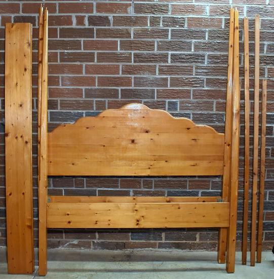 Pine Four Poster Queen Tester Bed