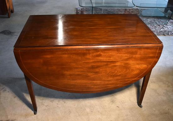 Vintage Baker Furn. Mahogany Hepplewhite Style Drop Leaf Dining Table with Inlaid Top, Caster Feet
