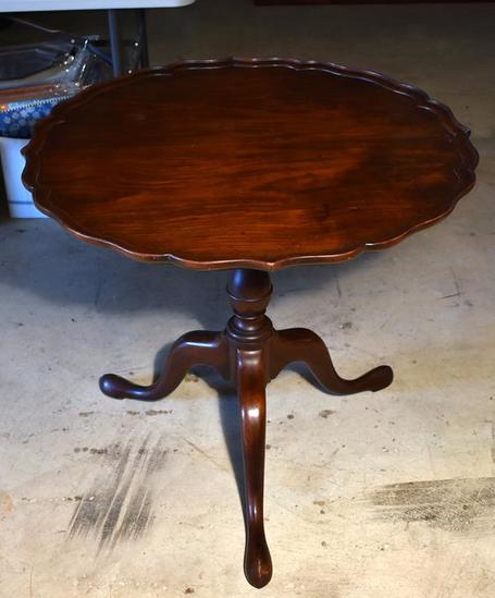 Vintage Queen Anne Style Mahogany Pie Crust Tea Table with Snake Feet