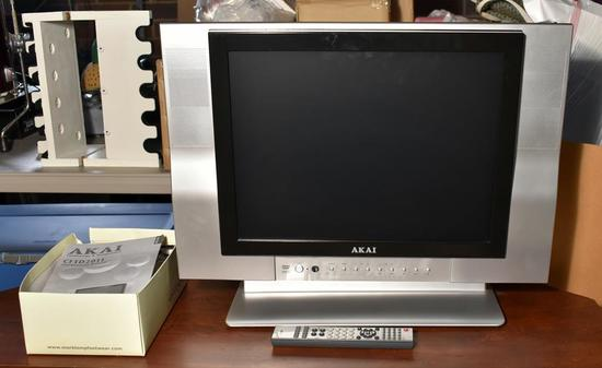 """Akai Model CFTD2011 19""""  LCD TV with Integral DVD Player, Remote, Cables, Manual"""