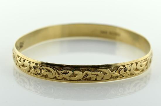 "14K Yellow Gold Bangle Bracelet, Engraved Design & ""Kepola"""
