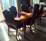 Splendid Hooker Furniture Sunburst Top Cherry Dining Room Table with Extension Leaf