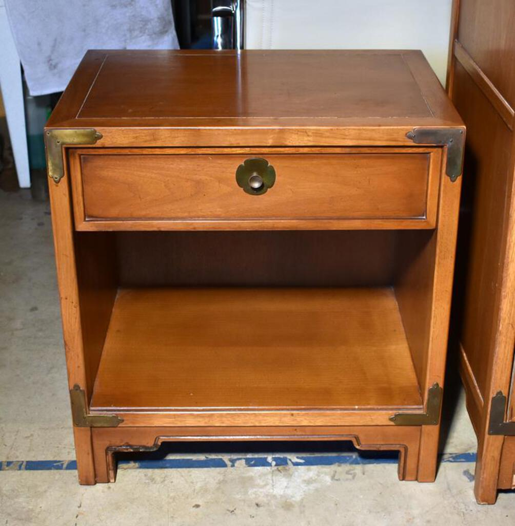 Vintage Drexel Compass Mid Century Modern Nightstand With One Drawer Shelf Lots 31 34 Match Estate Personal Property Furniture Online Auctions Proxibid