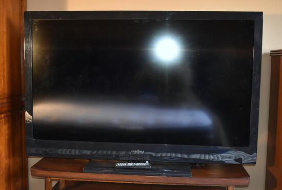 Insignia 55-Inch HDTV with Remote, Model E55BAZNK5XBYNNX