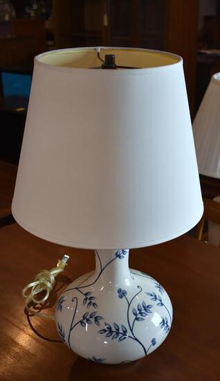 Pretty Blue & White Porcelain Table Lamp