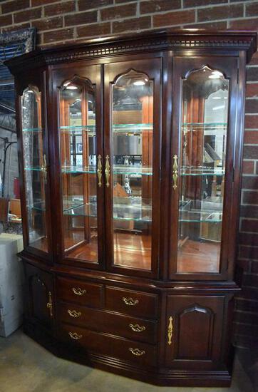 Beautiful Thomasville Mahogany Lighted China Cabinet, Lots 3-6 Match