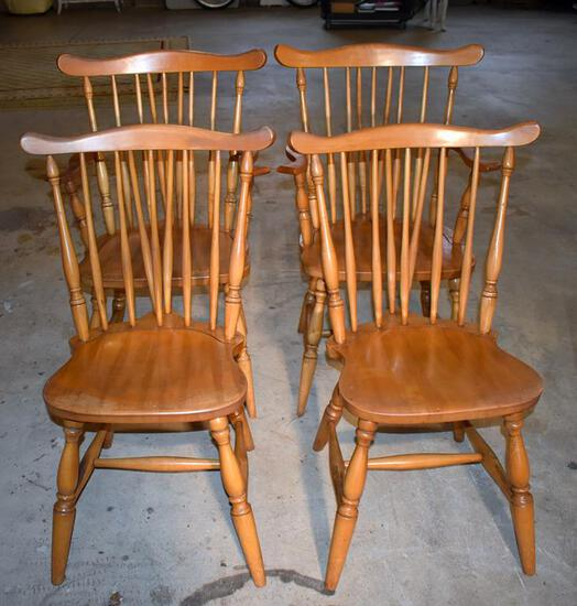 Set of Vintage Rock Maple Windsor Dining Chairs 2 Captain's & 2 Side (Matches Lot 73)