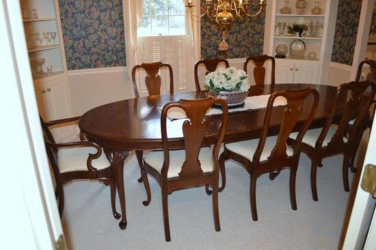 Set of 8 Elegant Queen Anne Style Mahogany Dining Chairs by Council Furniture of Denton, NC